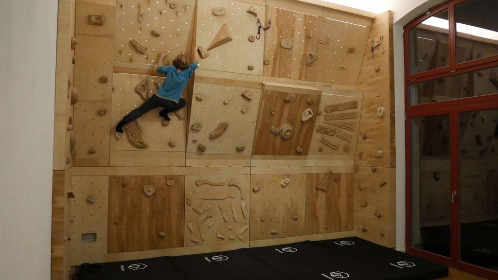 Boulderwand selbst gebaut